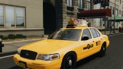 Ford Crown Victoria Taxi NYC 2012