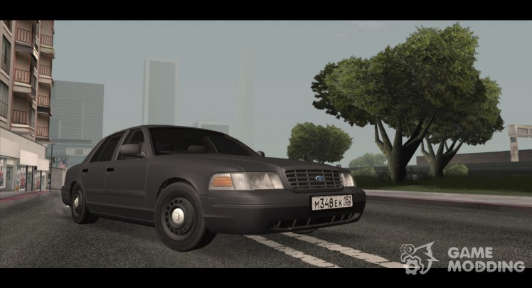 Ford Crown Victoria (2003)