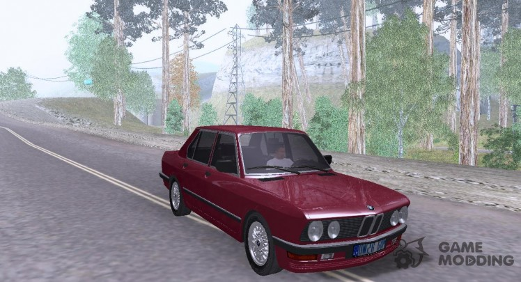 BMW E28 525e ChromeLine - Stock
