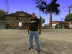 CJ в футболке (GameModding) для GTA San Andreas вид слева