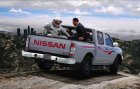 Nissan Ddsen Double Cab for GTA 5