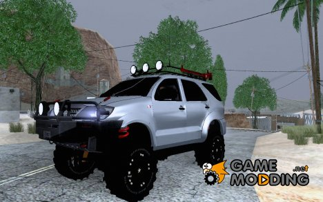 Toyota Fortuner 2013 Off Road для GTA San Andreas