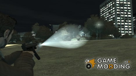 Flashlight 4 Weapons v1.0 для GTA 4